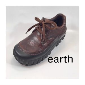 Earth Shoes - Earth Brown Leather Oxfords